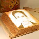 Montaje en un libro añoso