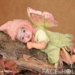 Fotomontaje infantil con el disfraz de una mariposa