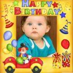 Postal de cumpleaños con globos y payaso